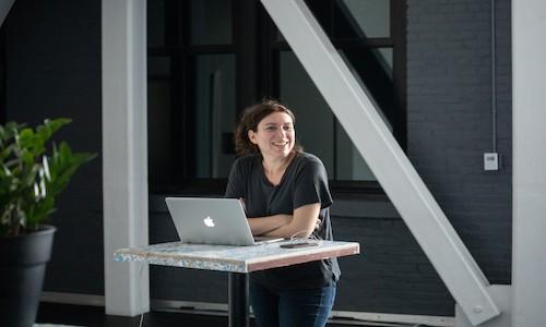 A photo of director Annie Dorsen.